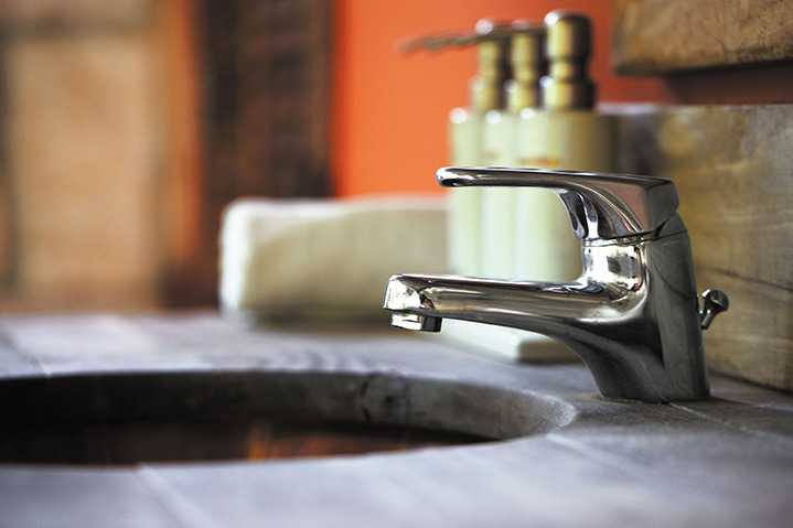 A2B Plumbers are able to fix any leaking taps you may have in Ealing.